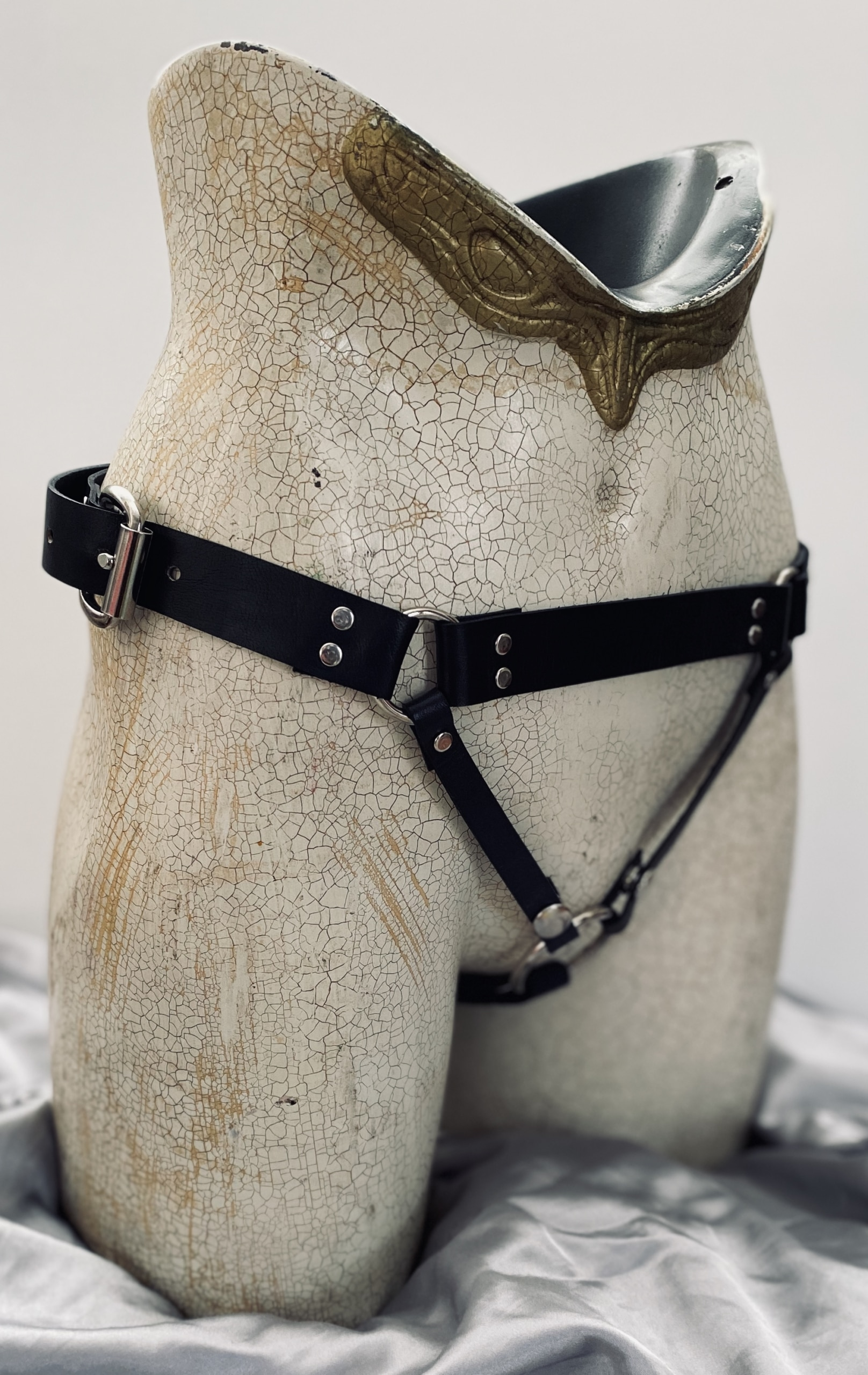 The Black Widow - Leather Strap-On Harness